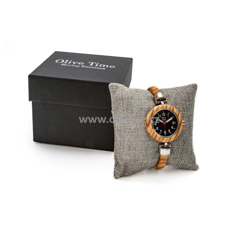 Dámské náramkové hodinky z olivového dřeva 0531fd75fa